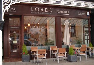 Lords Cafe Bar